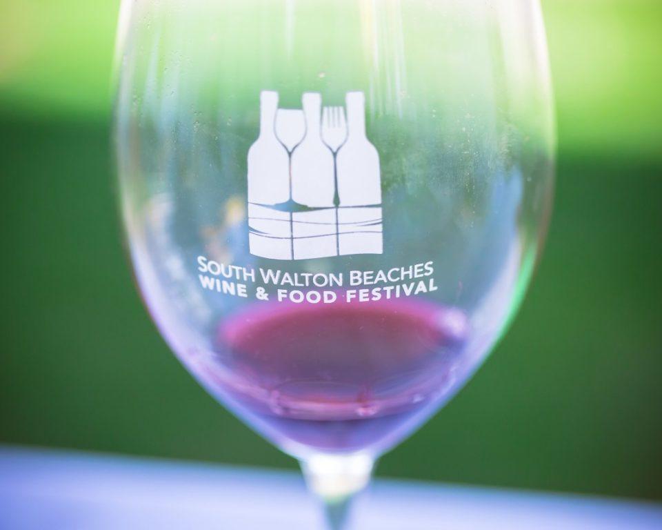 Logo-glass-w-red-wine-copy-min